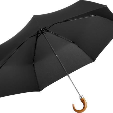 schwarzer Taschenschirm von Fare in mittlerer Größe und mit Echtholzgriff