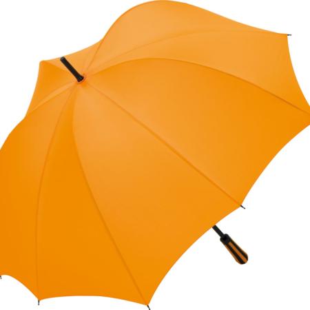 Regenschirm in Form eines Kürbis