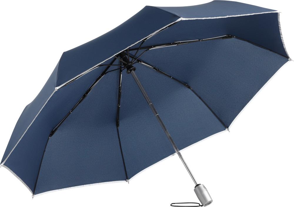 blauer Regenschirm mit reflektierender Paspelierung