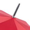 Detailaufnahme der Spitze eines Fare Regenschirms