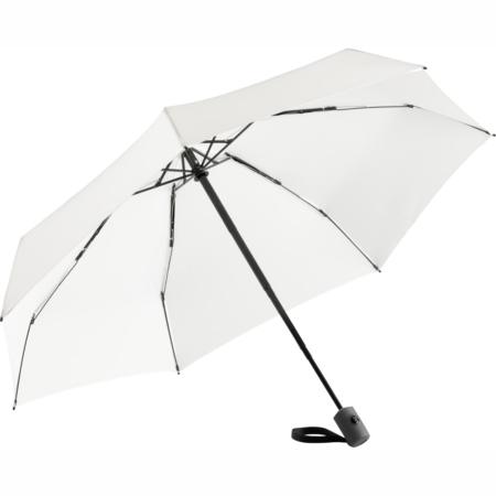 weißer Taschenschirm mit formschönem Griff