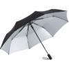 Regenschirm mit zweifarbigem Bezug in der Farbkombination schwarz/silber