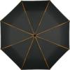 farbige Keilpaspeln und der schwarze Bezug eines geöffneten Regenschirms